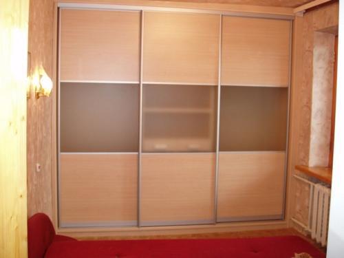 Шкаф-купе встроенный 26